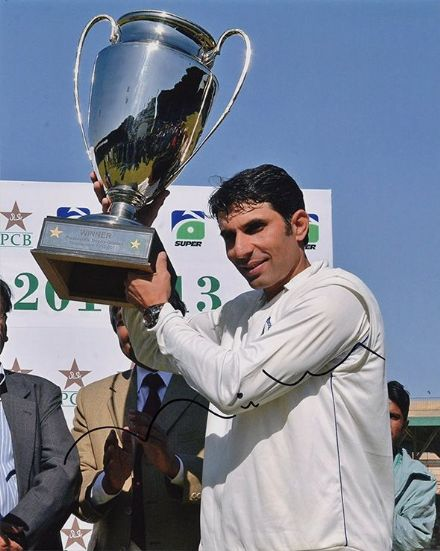 Misbah-ul-Haq, Pakistan, signed 10x8 inch photo. (2)